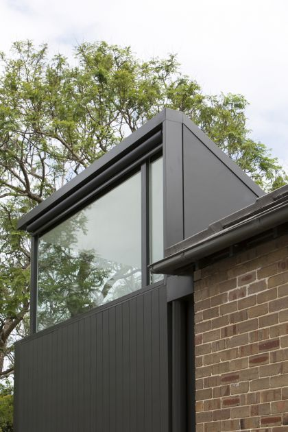 Cosgriff House side folded roof with highlight glazing